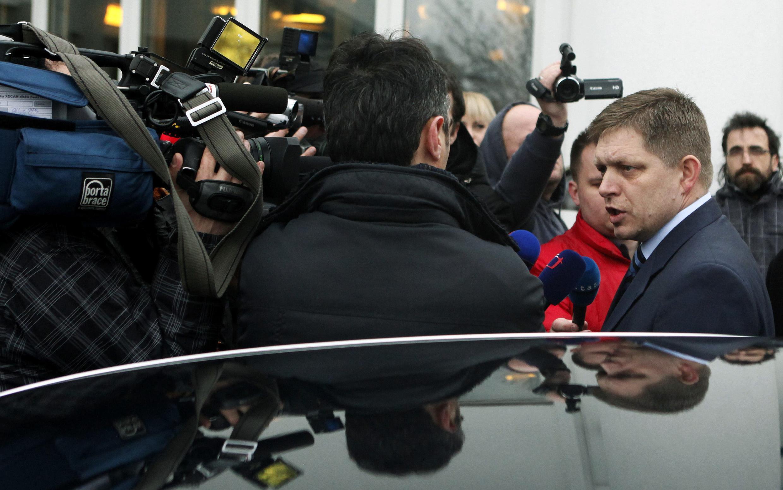 O líder do partido social-democrata chega para um debate televisivo em Bratislava, neste domingo 11 de março.