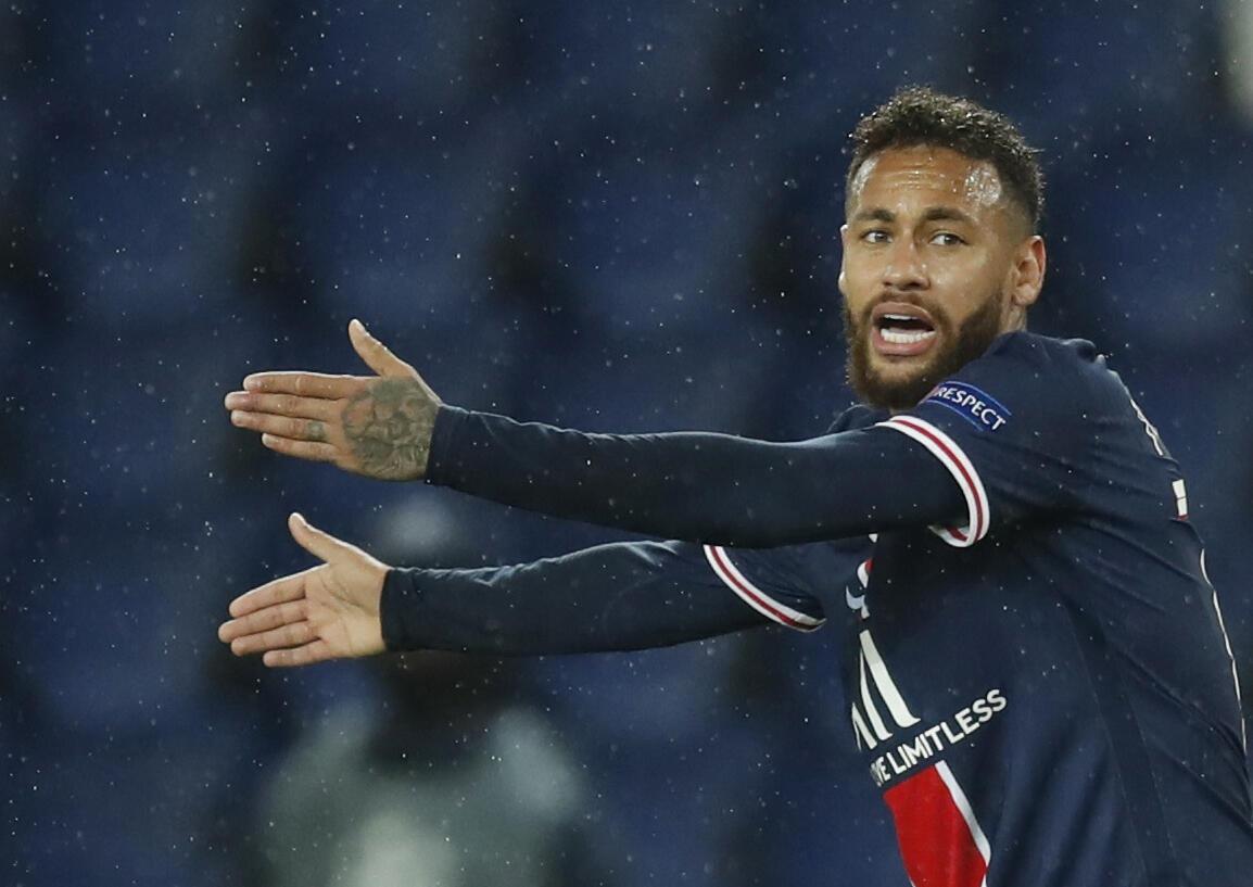 Neymar, tauraron kungiyar PSG.
