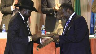 Shugaban Sudan Salva Kiir da shugaban 'Yan tawaye Riak Machal