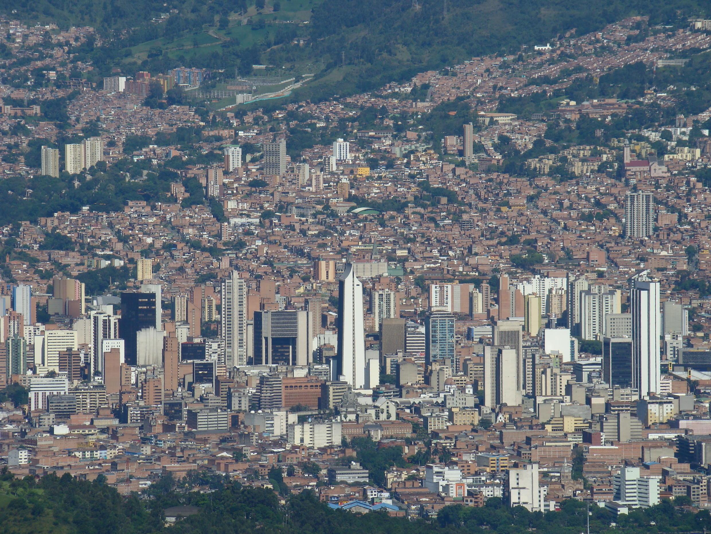 Une vue du centre de la ville de Medellin, en Colombie.