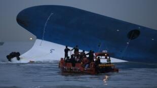 Près de 300 personnes ont perdu la vie dans le naufrage du ferry Sewol, le 16 avril 2014.