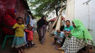Baadhi ya familiya ambazo bado zinaishik kwenye makambi mjini Mogadishu, Somalia.