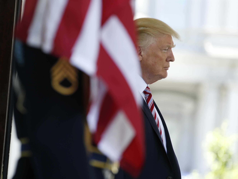В январе 2017 американские спецслужбы обвинили Москву в том, что она пыталась «продвинуть» кандидатуру Трампа на президентских выборах.