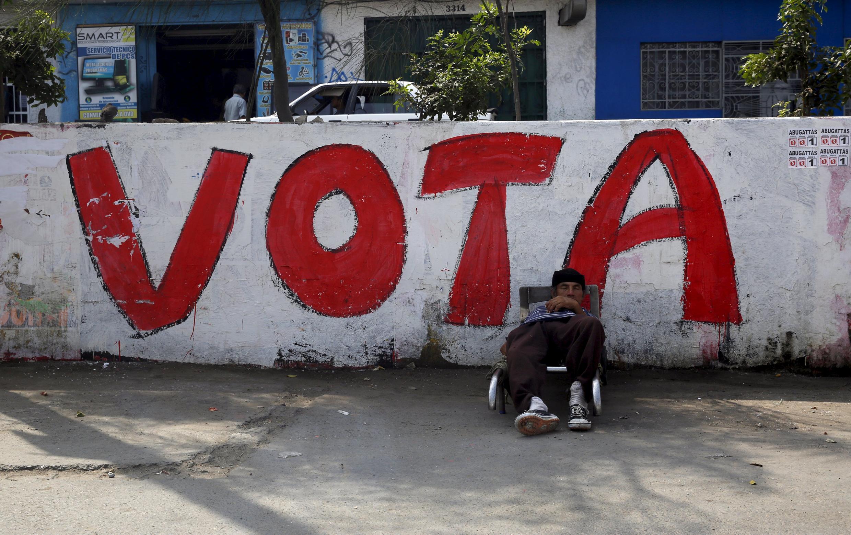 En una calle de Comas, en la periferia de Lima.
