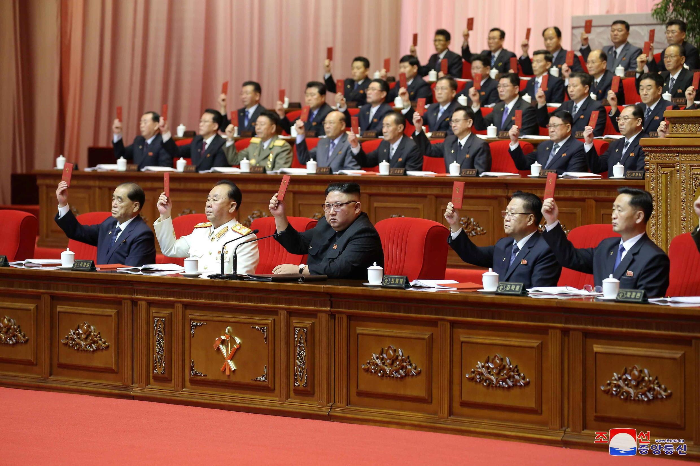 corée du nord - congrès - kim jong un  2021-01-09T225801Z_1482343270_RC2M4L9ZSAU9_RTRMADP_3_NORTHKOREA-POLITICS