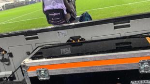 Un cameraman de Mediapro lors du Trophée des champions entre le PSG et l'OM, le 13 janvier 2021 à Lille