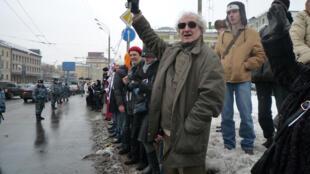 """Акция """"Белое кольцо"""" на улицах Москвы 26 февраля 2012 г."""