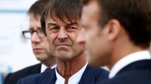 Nicolas Hulot, au côté du président Macron, le 20 juin dernier au Cap Frehel en Bretagne.