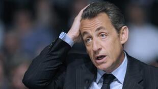 O presidente francês, Nicolas Sarkozy, prefere só ser avaliado ao final do mandato, no ano que vem.