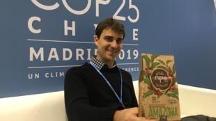 Pedro Soares promove café agroflorestal Apui, porduzido em áreas degradadas da Amazônia.