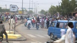 (illustration) Scène de rue à Ndjamena.