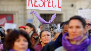86% das denúncias de estupro na França são feitas por mulheres.