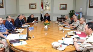 O Conselho de Defesa nacional do Egito se reuniu após o atentado desta sexta-feira (24) na região do Sinai.