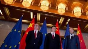 歐盟委員會主席容克、歐洲理事會主席圖斯克與中國國家主席習近平資料圖片