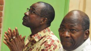 Le général Gilbert Diendéré (G) et l'ancien ministre des Affaires étrangère Djibrill Bassolé, pincipaux accusés dans le procès du putsch manqué de septembre 2015 (image d'archives).
