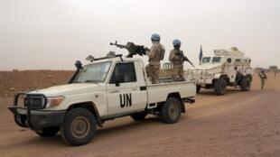 Des soldats de la Minusma en patrouille à Kidal, le 23 juillet 2015.