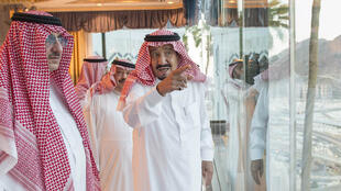 ملک سلمان، پادشاه عربستان سعودی در مراسم عید قربان در منا