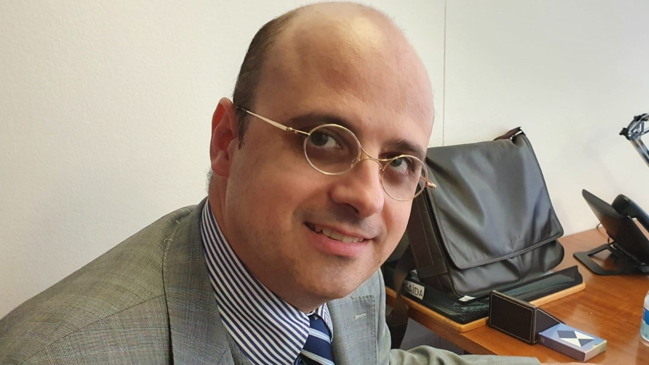 César Barrio, da delegação permanente do Brasil junto à Unesco e especialista em patrimônio mundial da missão Sítio Burle Marx.