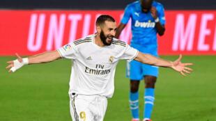 Karim Benzema a ouvert et clos le score assurant le succès du Real Madrid face à Valence au stade Alfredo di Stefano à Valdebebas, le 18 juin 2020