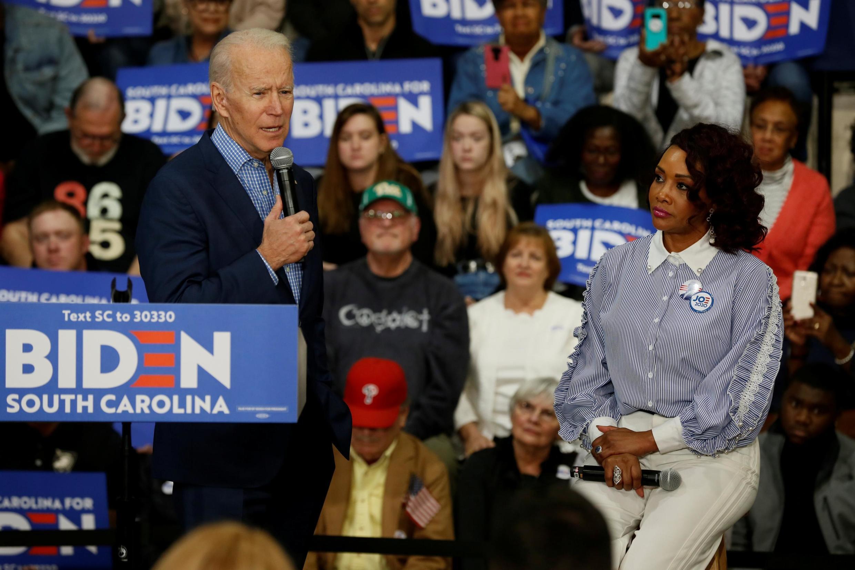 Cựu phó tổng thống Mỹ Joe Biden, ứng viên tranh cử tổng thống Mỹ trong cuộc bầu cử sơ bộ đảng Dân Chủ, trong một cuộc vận động ở đại học Coastal Carolina, Conway, bang Nam Carolina, ngày 27/02/2020.