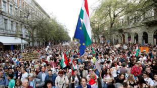 Biểu tình phản đối chính phủ của thủ tướng Hungary Viktor Orban, tại thủ đô Budapest, ngày 14/04/2018