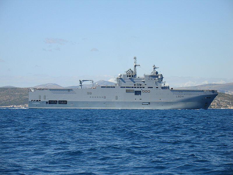 """Chiến hạm """"Tonnerre"""",  tàu chở trực thăng, thuộc lớp Mistral hiện đại nhất (Wikipedia)"""