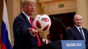 """在当下风云变幻的国际环境中,特朗普和普京会一起""""踢球""""吗"""