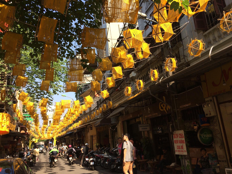 Phố Đào Duy Từ, nơi có Trung tâm Giao lưu Văn hóa Phố cổ Hà Nội.
