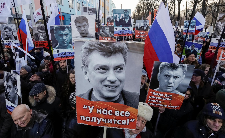 Biểu tình tưởng niệm cựu phó thủ tướng Nga bị ám sát Boris Nemtsov. Ảnh 26/02/2017.