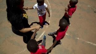 Enfants Journée mondiale contre Sida
