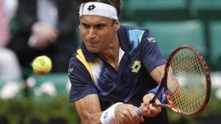 O tenista espanhol David Ferrer durante partida contra o sul-africano Kevin Anderson nesta segunda-feira, 2 de junho de 2014, em Rolanda Garros.