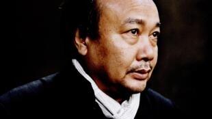 Photographie portrait du cinéaste Rithy Panh.