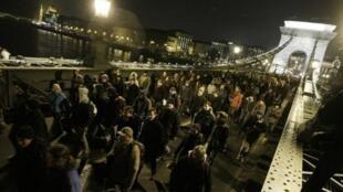 Manifestation étudiante à Budapest le 10 décembre 2012.