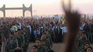 Os atos de violência no Iraque já deixaram 1.737 iraquianos mortos e outros 1.978 feridos.
