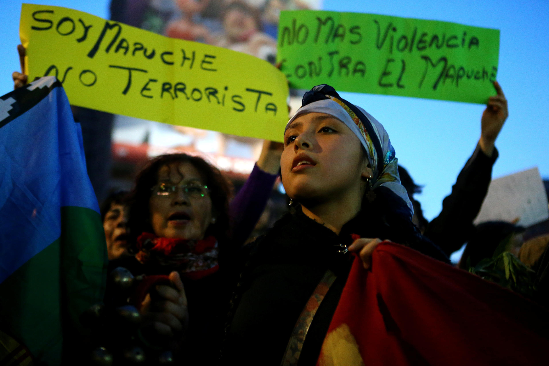 Imagen tomada el 26 de septiembre durante una manifestación pro mapuches en Santiago de Chile.