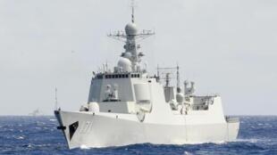 Khu trục hạm Trung Quốc 052C