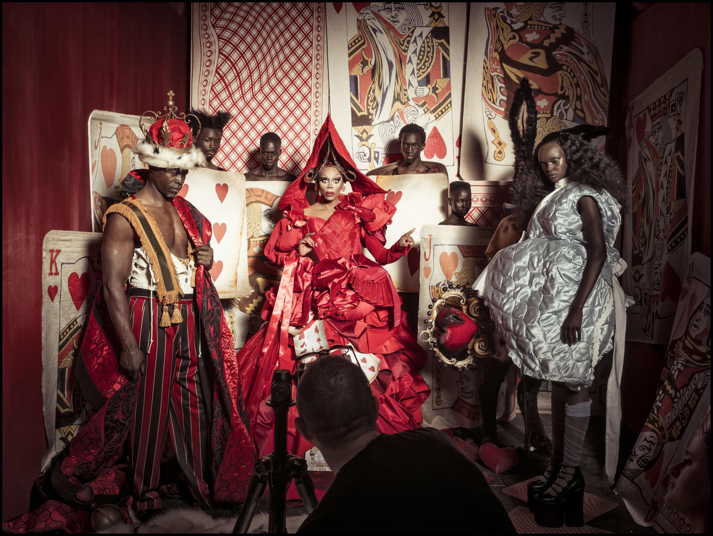 O apresentador e drag queen RuPaul, no centro da imagem, faz parte das celebridades do calendário Pirelli 2018.