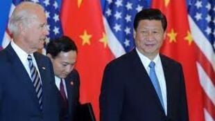 习近平作为国家副主席对美国访问时和美国副总统拜登会见。