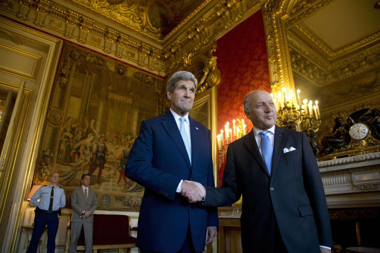 لوران فابیوس و جان کری، وزرای امورخارجه فرانسه و آمریکا-تصویر آرشیوی