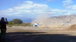 Les deux hélicoptères peu de temps avant le drame, au moment du décollage dans la province de La Rioja, à Villa Castelli.