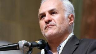 حسن عباسی بدلیل شکایت ارتش جمهوری اسلامی بازداشت شد
