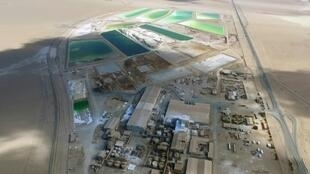Aerial view of SQM's lithium processing plant in December 2016, at Del Carmen in northern Chile's Atacama Desert