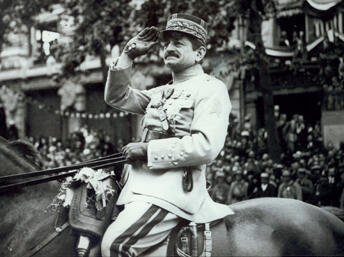 Charles Mangin, auteur du livre à succès La force noire(1910), fut un des promoteurs les plus ardents du recrutement des soldats africains pour les théâtres d'opérations européens.
