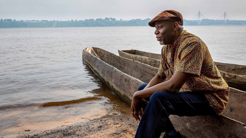 Ray Lema au fleuve Congo.