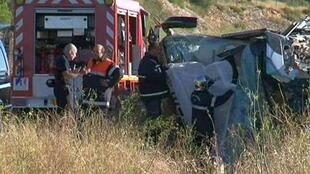 Two people were killed and 30 injured in the accident at Tifou, Aude.