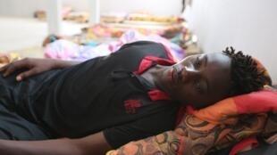 Souleyman Coulibaly est l'un des trois rescapés du naufrage survenu lundi 1er juillet au large de la Tunisie.