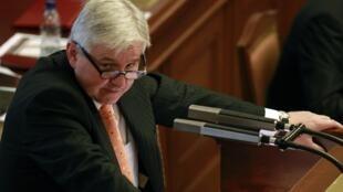 Le Premier ministre Jiri Rusnok échoue à obtenir la confiance des députés et la crise politique se poursuit en République tchèque.