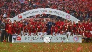 Kikosi cha klabu ya Bayern Munich.