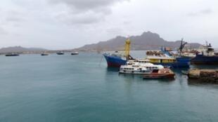 Baía de Porto Grande, Mindelo, São Vicente, Cabo Verde. 1 de Fevereiro de 2015.