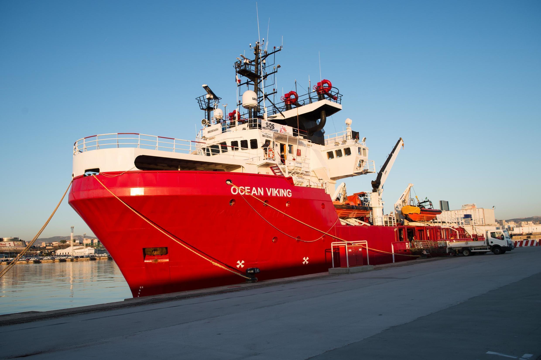 2019-11-29 ocean viking migrants refugees NGO rescue ship mediterranean